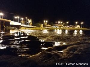 Rio Piracuruca, barragem central, ao fundo a prainha. Registro de 4 de maio de 2019