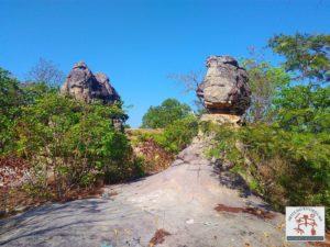 Afloramento rochoso em formato de torres