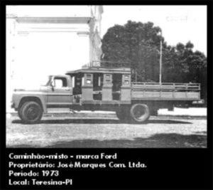 Caminhão Misto