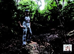 Leito do Riacho Palmeiras, ainda seco no período