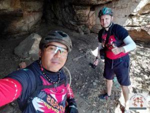 Registro arqueológico dentro da caverna