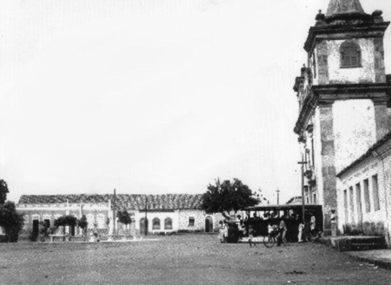 Um novo dado sobre a histórica fotografia do carro transportando passageiros em Piracuruca