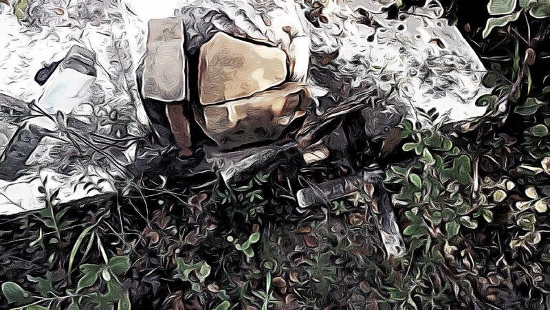 Um conto que trata dos lendários túmulos da Fazenda Carnaúba Torta, nas proximidades do Rio Pirangi